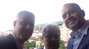 Thaçi, Rama dhe Ahmeti një selfie në Dibër