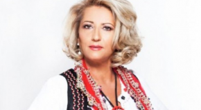 EKSLUZIVE: Shkurte Fejza, me Dibrën në këngë e në zemër