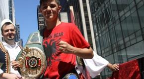 Dibrani që po mahnit botën, 17 vjeçari Reshat Mati talent i dalluar i boksit!
