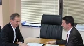 Pishtar Lutfiu mori funksionin e Ministrit të Arsimit dhe Shkencës
